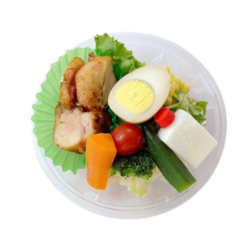 チキンエッグサラダ